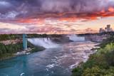 Niagarafälle I HDR Abendrot Drama
