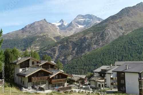 Lodowiec w Szwajcarii w Saas Opłata w lecie