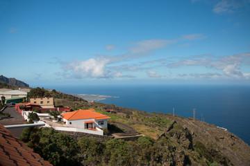 Tenerife coast © Dmitry Remesov