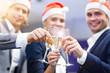 Leinwanddruck Bild - Group of business people celebrating success