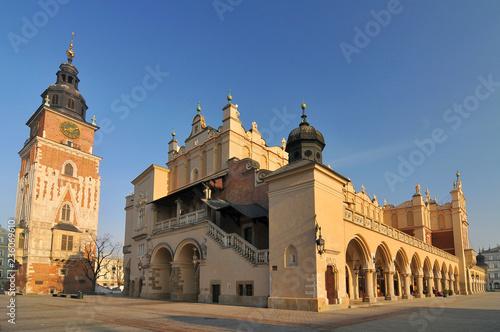 fototapeta na ścianę Poland, Cracow, Main Market Square, Sukiennice (Cloth Hall).
