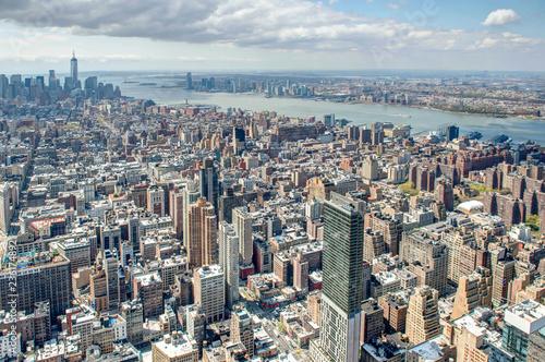 Foto Murales flying above newyork