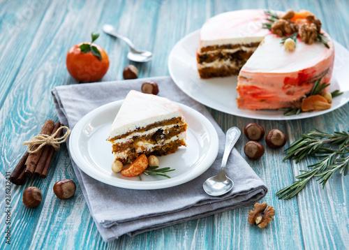 Leinwanddruck Bild Sweet carrot cake