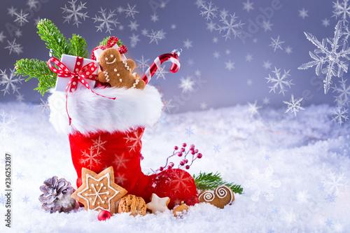 Leinwandbild Motiv Nikolausstiefel im Schnee