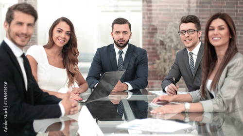 Foto Murales business Manager and employees at an office business meeting