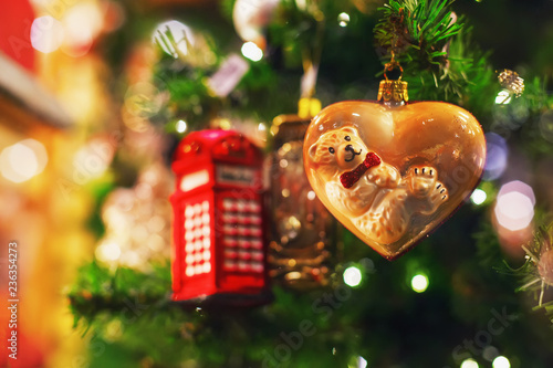 Christmas tree bokeh lights - 236354273