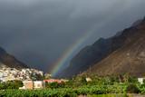 Fototapeta Rainbow - Tęcza nad górskim miasteczkiem © Agnieszka