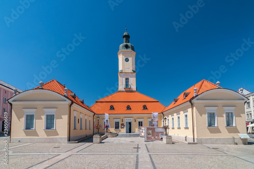Zdjęcia na płótnie, fototapety na wymiar, obrazy na ścianę : Town Hall at the Kosciuszko Square in Bialystok, Poland.