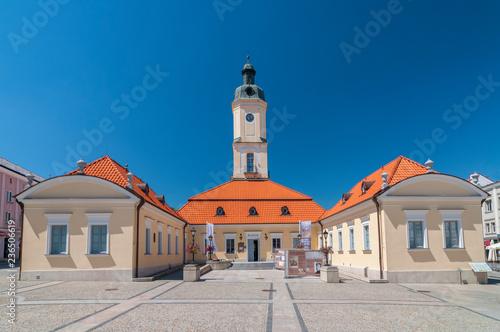 Fototapety, obrazy : Town Hall at the Kosciuszko Square in Bialystok, Poland.
