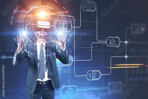 Leinwanddruck Bild Man in vr glasses, business plan interface