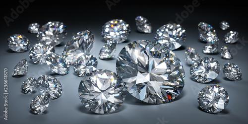 Diamanten auf dunklem Untergrund © peterschreiber.media