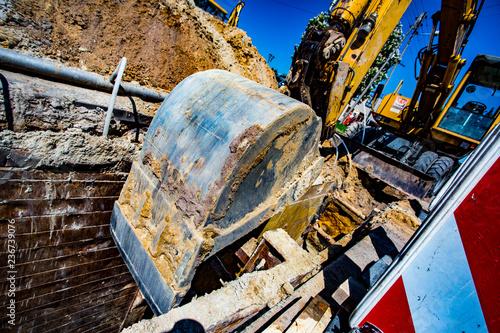 koparka obrotowa, budowa sieci kanalizacyjnej