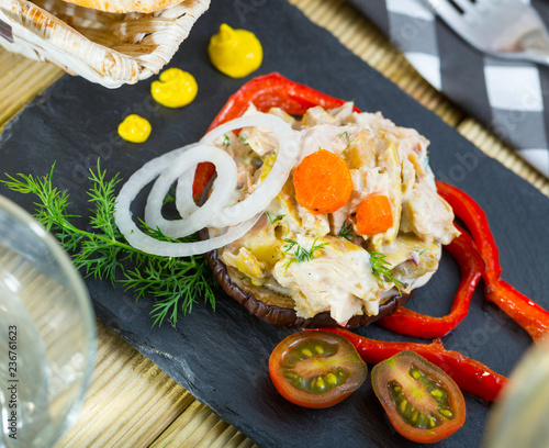 Foto Murales Chicken salad served on eggplant