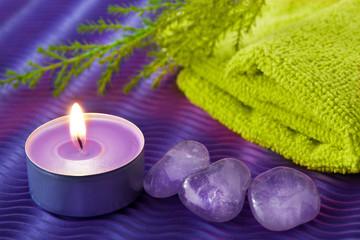 Wellness Edelsteine uns Kerze