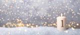 1 Advent golden Hintergrund Sonntag Kerze  - 236798862