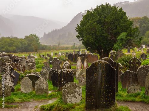 Cmentarz w Glendalough Abbey