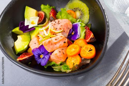 Leinwandbild Motiv Seafood ceviche with red fish