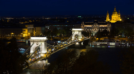 Chain Bridge and St.Stephen Basilica at night