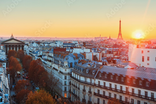 Aerial view of Paris. - 237357693