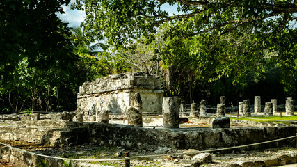 The ancient city of El Meca. The city is located in the vicinity of Cancun. Of course, the city is badly collapsed, but the territory of the palace and the pyramid remained untouched by time.