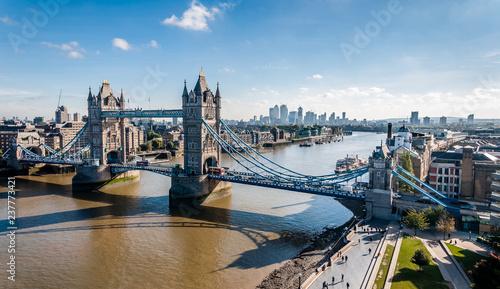 Foto Murales Tower Bridge in the morning