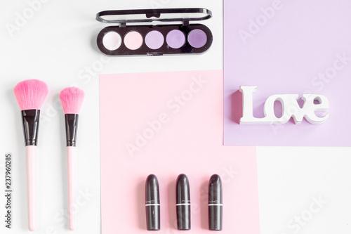 make up - 237960285
