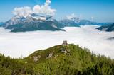 Peter Wiechenthaler Hütte über den Wolken