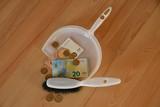 Euros - 238068215