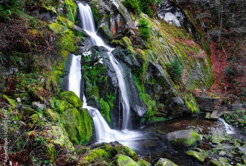 Trieberger Wasserfall im Herbst - 238075694