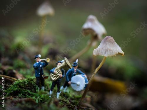Miniaturmännchen - 238220855