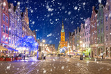 Old town of Gdansk on a cold winter night with falling snow, Poland © Patryk Kosmider