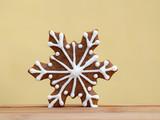 Romantic gingerbread snowflake - 238383421
