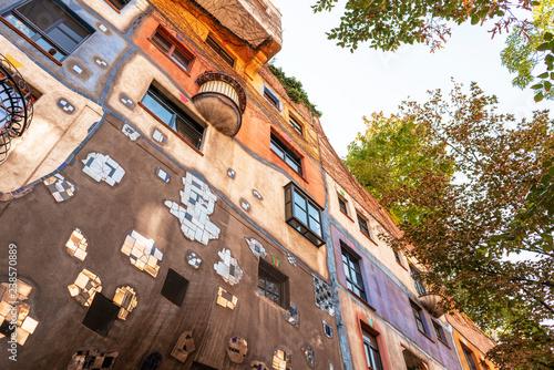 Colorful hundertwasserhaus building in Vienna, Austria. - 238570889