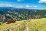Valle vista dal sentiero sul Monte Nerone