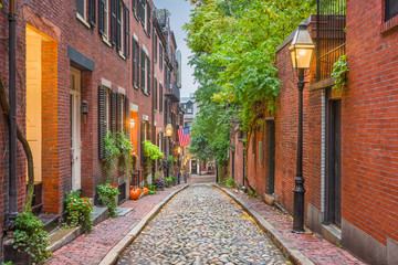 Acorn Street in Boston, Massachusetts © SeanPavonePhoto