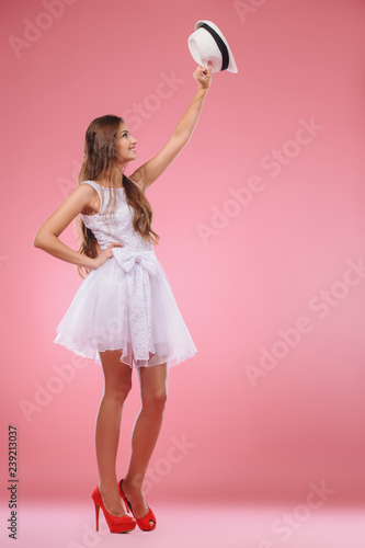 fashionable cute lady - 239213037