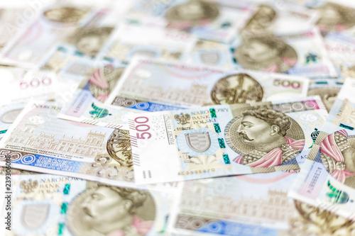Banknoty 500 PLN, mała głębia ostrości