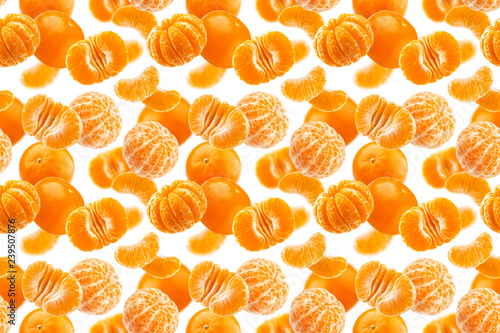 Mandarine seamless pattern, tangerine, clementine isolated on white background - 239507876