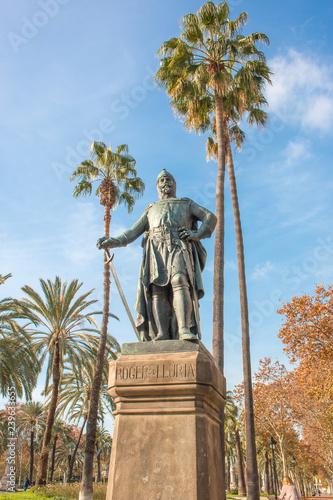 Monumento a Roger de Lluria Arc de Triomf Passeig de Lluís Companys Barcelona Katalonien