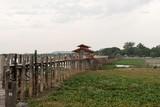 Antiguo puente de U Bein de madera de teca, Amarapura. Myanmar © DiegoCalvi