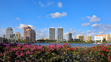 The skyline of downtown West Palm Beach, Florida and the Lake Worth Lagoon. © Thomas Barrat