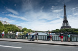 Tour Eiffel depuis Bir Hakeim © GasseB