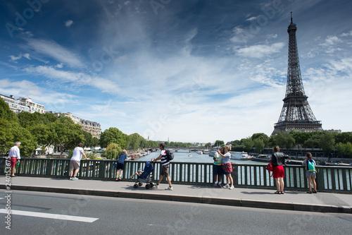 mata magnetyczna Tour Eiffel depuis Bir Hakeim