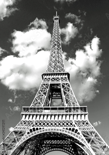 mata magnetyczna Eiffel Tower in Paris and white clouds