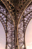 Eiffel tower metallic structure © Alfonsodetomas