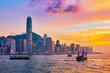 Leinwanddruck Bild - Junk boat in Hong Kong Victoria Harbour
