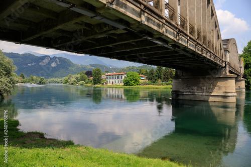 paesaggio sul fiume Adda - parco Adda nord - 240978096