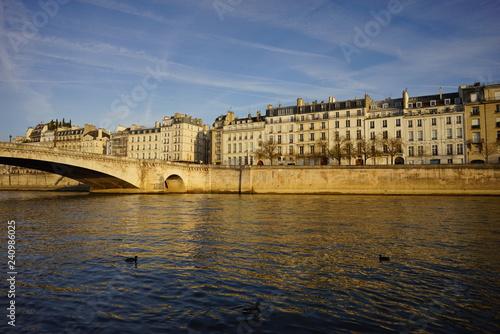 Paris Monument 404