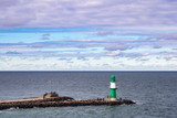 Mole an der Ostseeküste in Warnemünde