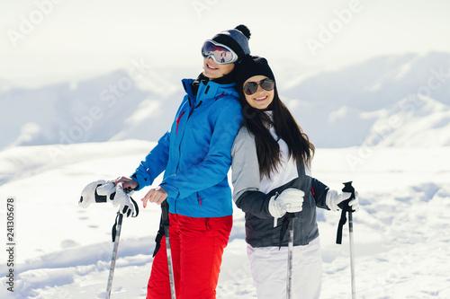 girls with ski